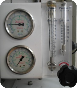 Pressure gauges on a watermaker